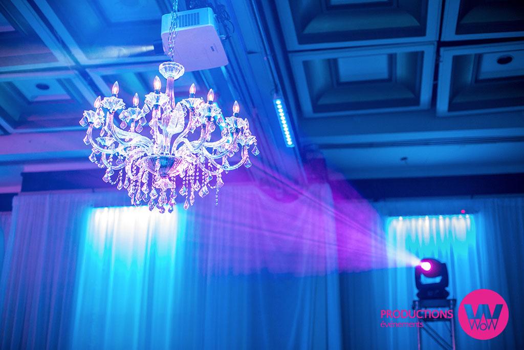Lustre,-Moving-Light