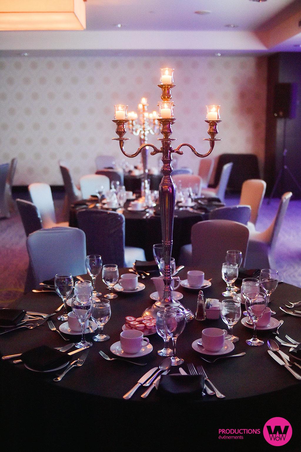 Nappe-noire-chandelier