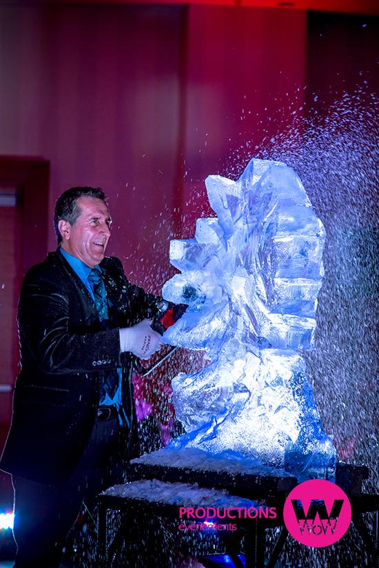 Spectacle sculpture de glace