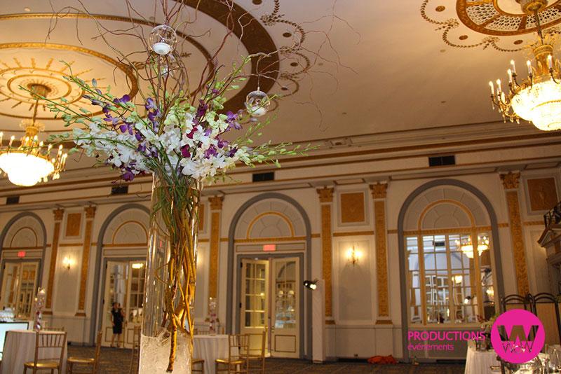 Vase-cylindrique,fleurs