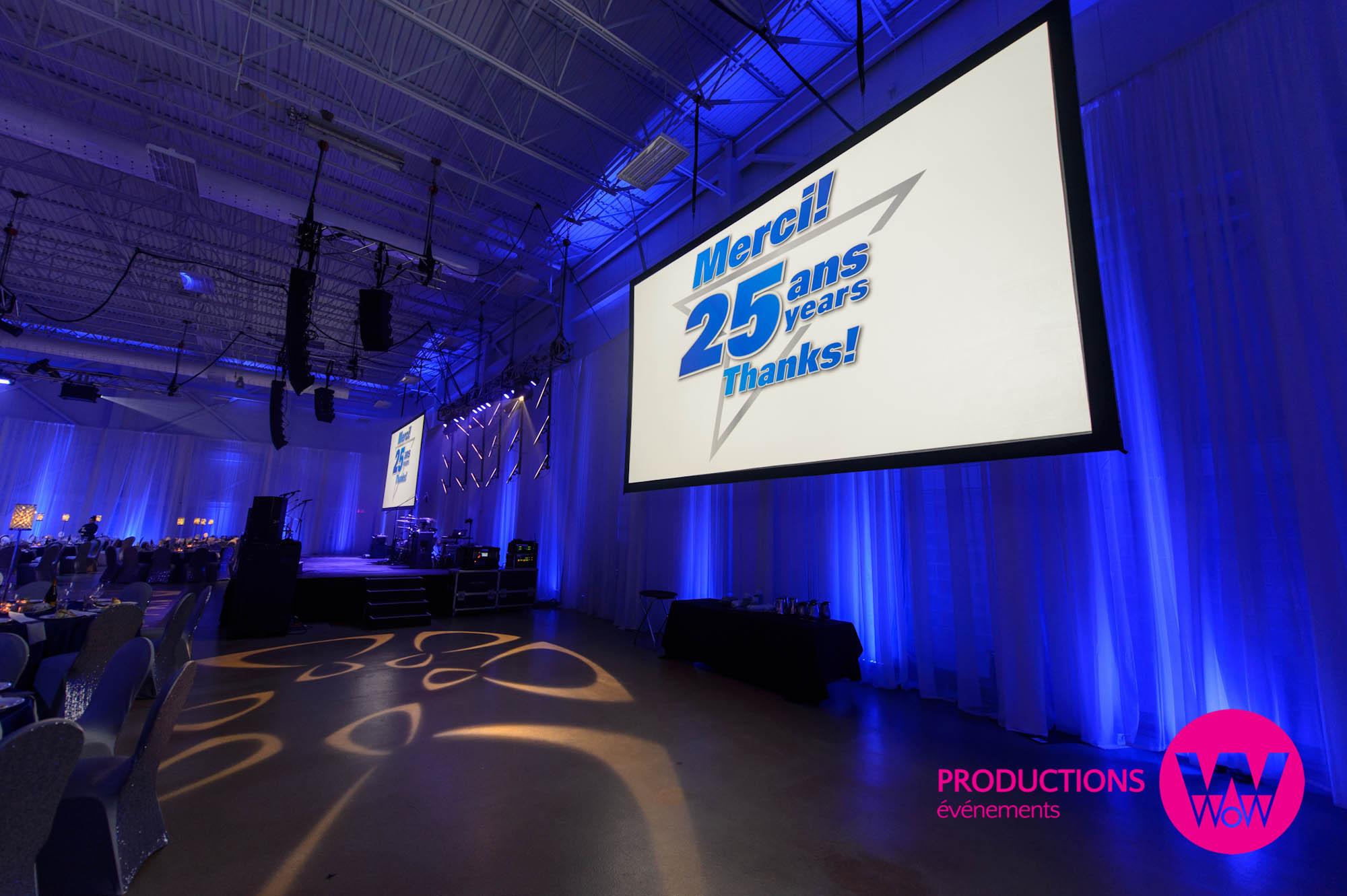 Organisation d'événements multimédia, congrès. Montage powerpoint